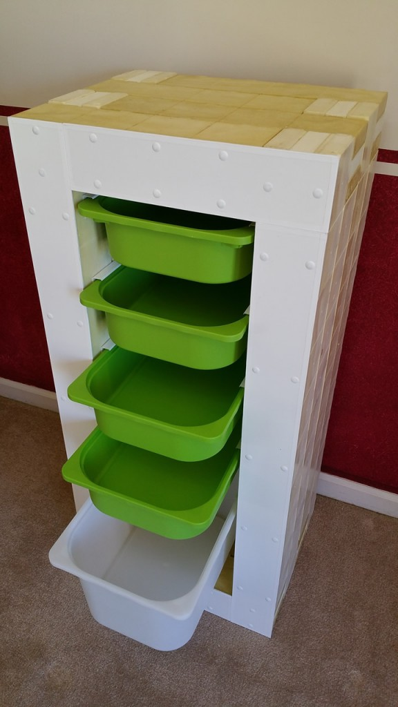 organizer with bins forward