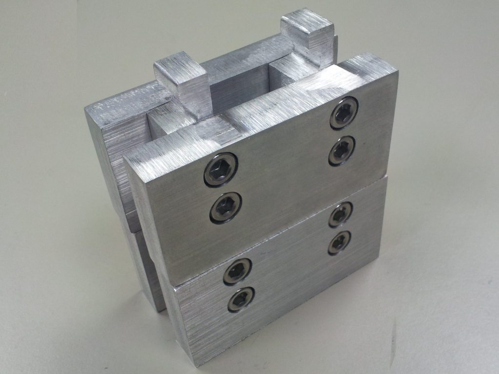 metal interlocking blocks
